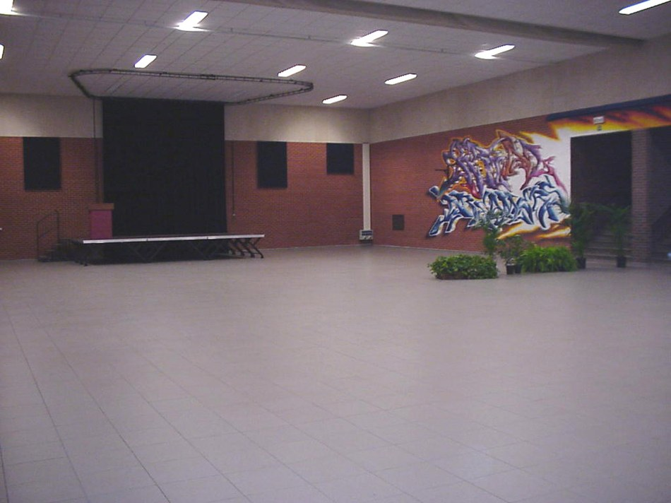 Salle Brel(2)