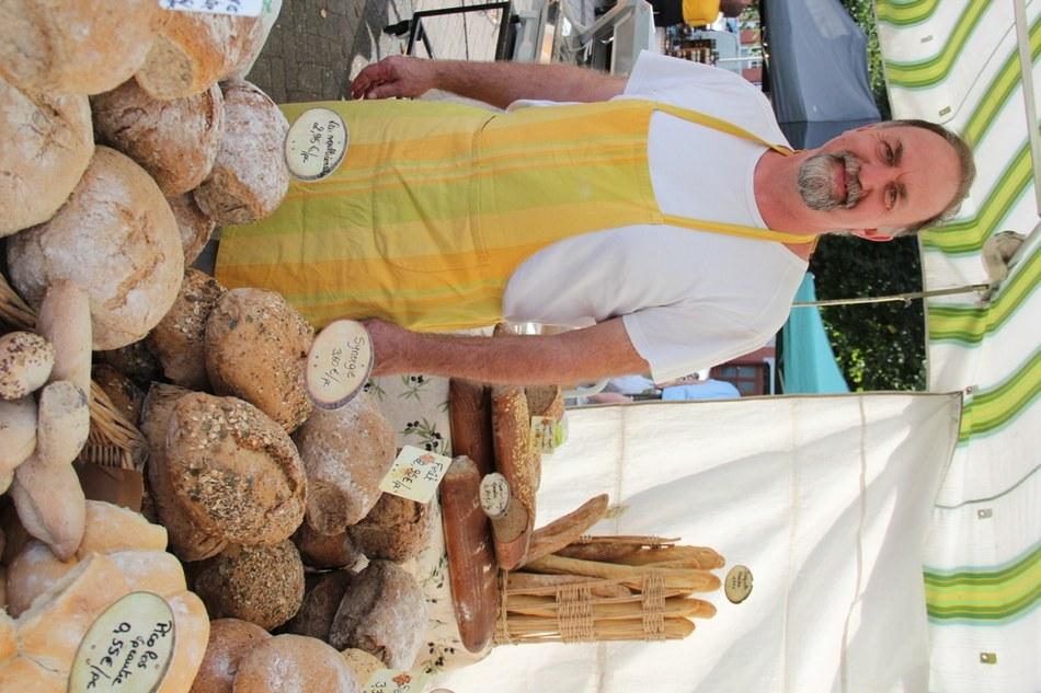 11. Boulangerie & Pâtisserie - Charcuterie - Pierre Houtain